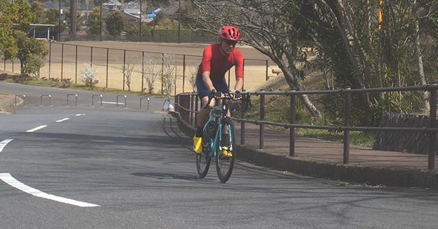 上り坂をラクに走るには?ロードバイクの上りテクニック