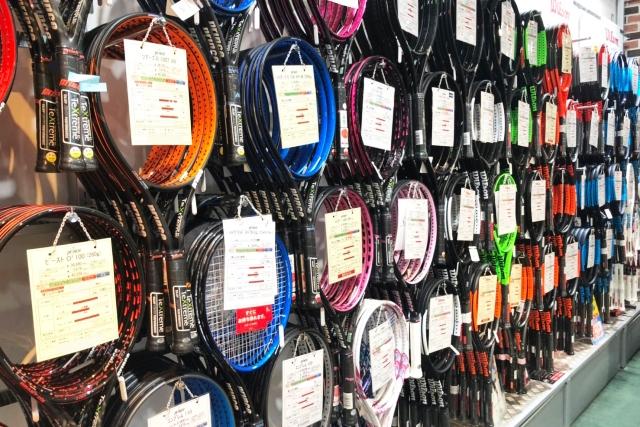 中上級者はレベルに合わせた買い替えでさらに上達! 硬式テニスラケットおすすめ6選
