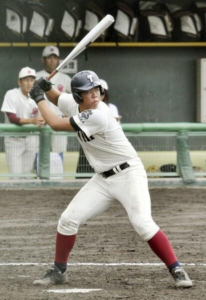 現チームでは苦しい戦いが続く大阪桐蔭だが、西野(写真)ら擁する打線は強力