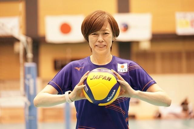 来る東京五輪へ向けて、バレーボール女子日本代表を率いる中田監督に話を聞いた