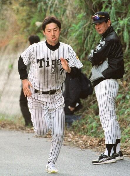 「とにかくやってみろ!」。阪神時代の星野監督の言葉が、現在の今岡監督の指導に生かされているという