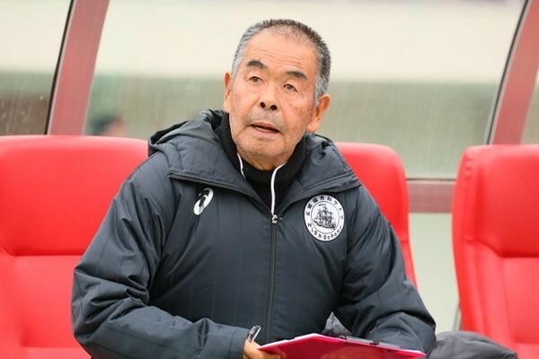 御年74歳を迎えた高校サッカー界の重鎮、小嶺監督はインターハイの現状をどのように見ているのか