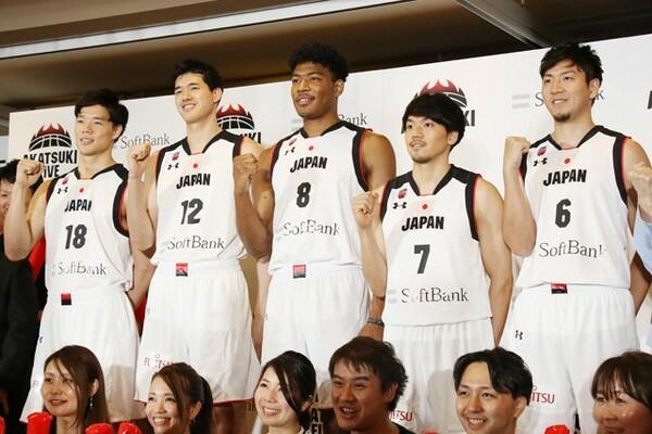 史上最強との呼び声高い日本代表。W杯開幕へ1カ月を切り実戦モードに入っていく