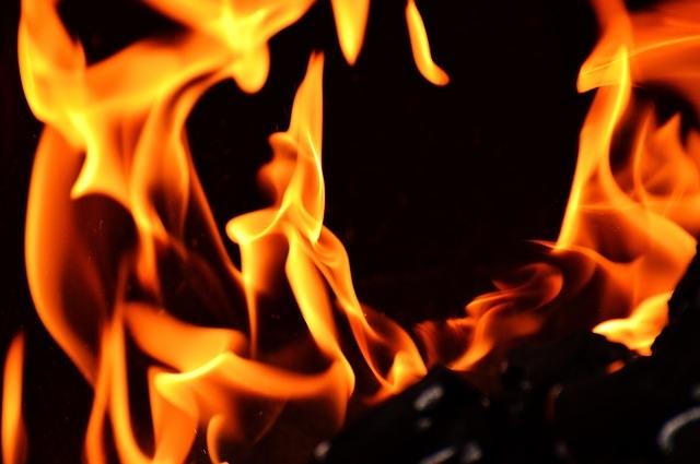 水かけ・砂埋めはNG。BBQの炭の正しい消し方・間違った消し方