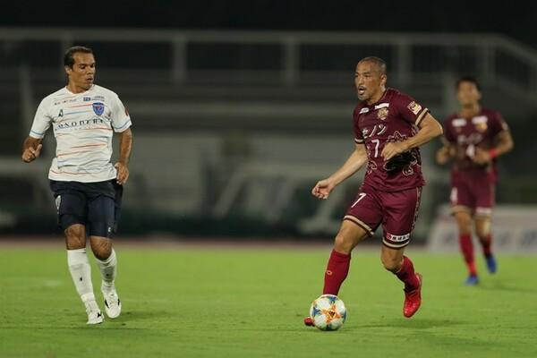 横浜FC戦は約30分プレー。積極的にボールに絡んで攻撃を活性化した