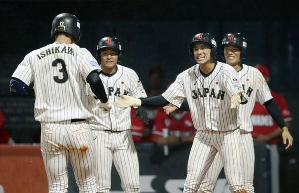 仲井コーチの喝から1日明けてのパナマ戦。主砲・石川の決勝3ランで勝利をものにした