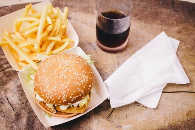 【一味違うバーベキュー】バーベキューで本格的自家製ハンバーガーづくり!