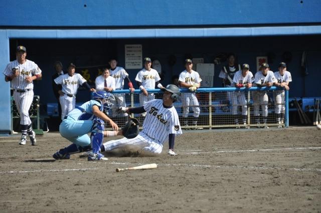 好走塁と紙一重のスライディング。ケガのリスクを頭に入れてチャレンジしよう!