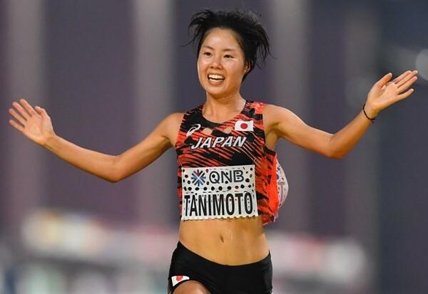 後半のペースアップで7位入賞を果たした谷本観月。「狙っていないとできないレース」と藤原新氏は分析する