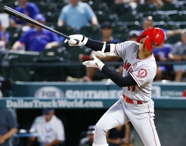 8月20日のレンジャーズ戦で放ったタイムリー二塁打は、見逃せば完全にボールの内角低めスライダーを打ったものだった