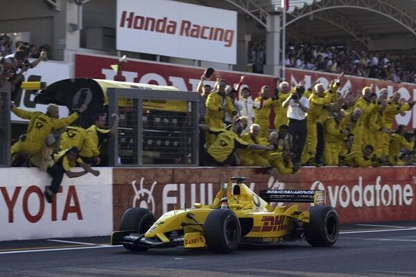 2002年の日本GP。ジョーダン・ホンダのマシンを駆り、5位でフィニッシュを果たした佐藤琢磨