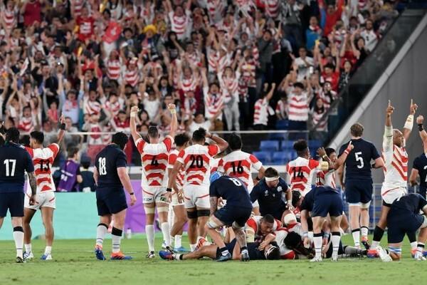 日本代表がスコットランド代表に勝利。ファンとともに喜びを爆発させた