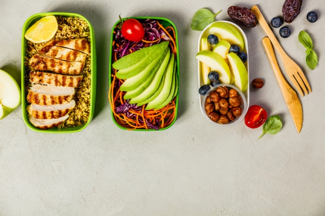 昼食のカロリーはどのくらい摂る?成人女性の昼食の平均カロリーとダイエット中のカロリー計算方法!
