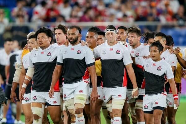 史上初の決勝トーナメント進出を果たした日本代表が、南アフリカ代表に挑む