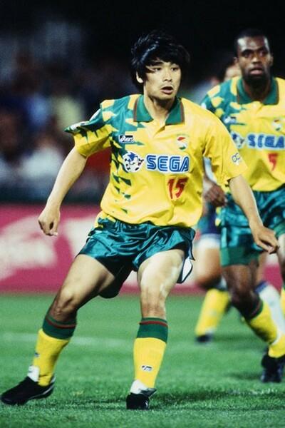 ナビスコカップ1試合、それもたった4分の出場。森崎のプロキャリアは寂しい数字とともに、幕を閉じた