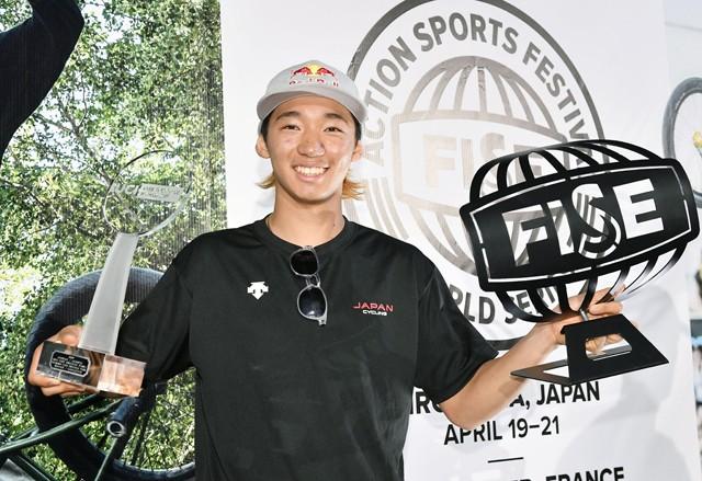 11月に中国で開催されたBMXフリースタイル・パークのワールドカップで初優勝、年間チャンピオンにも輝いた