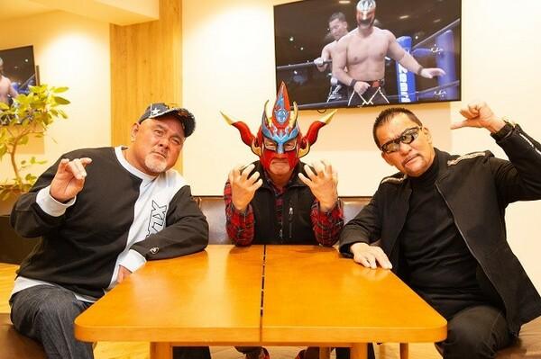 (左から)武藤敬司、獣神サンダー・ライガー、蝶野正洋