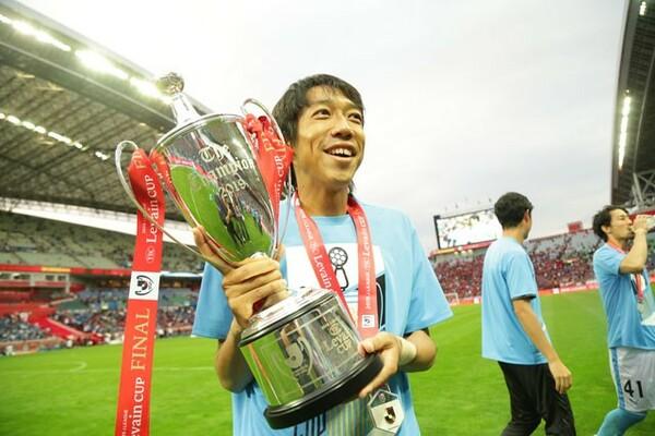 38歳の最後に迎えたルヴァンカップ決勝ではカップ戦初優勝。「若手が喜ぶ姿を見て達観している自分がいた」と語る