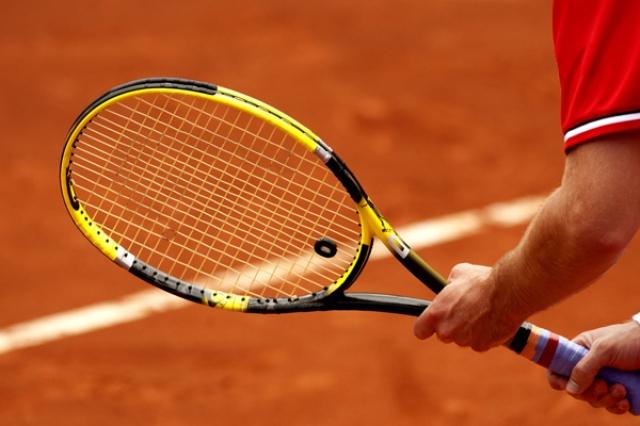 フェデラーモデルや錦織モデルなど 硬式テニスラケットのおすすめ5選