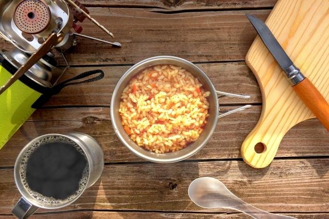 簡単キャンプ料理!人気 ご飯もの アレンジレシピ・5選