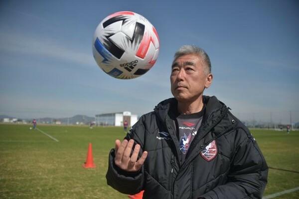 15年にGMに就任した鈴木徳彦氏。現場責任者として北川社長とともにクラブを支える