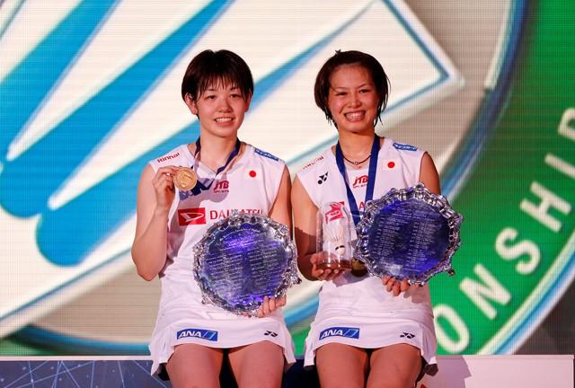 全英オープン初優勝を果たした福島(右)と廣田