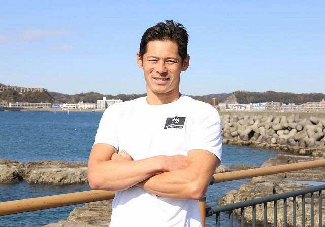 セーリングRS:X級(ウィンドサーフィン)で4大会連続の五輪出場を決めた富澤慎に、競技の魅力や五輪への思いを聞いた