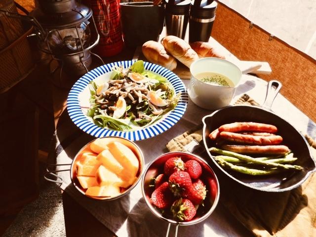 キャンプの朝ごはんにピッタリなレシピ!忙しい人にもおすすめ!