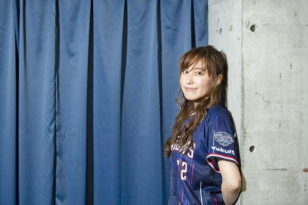 野球好き声優・松嵜麗の熱すぎる燕愛「セは当然ヤクルト優勝ですが、何 ...