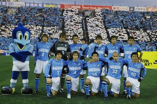 今なお「Jリーグ史上最強」と評価される、02年のジュビロ磐田のメンバー