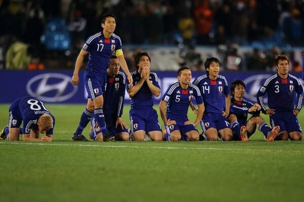 W杯敗退が決定した瞬間、長谷部はしっかり前を見据え、誰よりも早く歩き出した。なぜなのか?