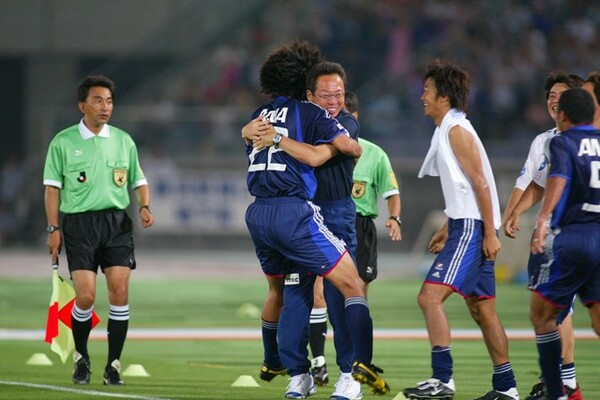 岡田武史さんを監督として迎えた当時、中澤は「怖いイメージがあった」と振り返る