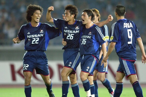 紅白戦も「バチバチ」だったと語る中澤。03年の横浜FMはストイックな集団だったという