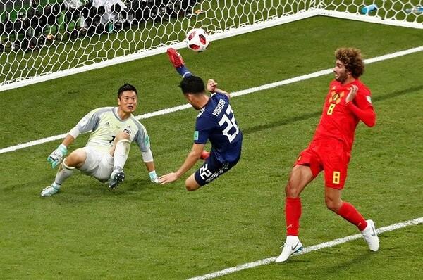 「この試合の麻也ほど頼り甲斐を感じた選手はいない」と絶賛する川島。吉田は体を張ったプレーで何度も日本のピンチを救った