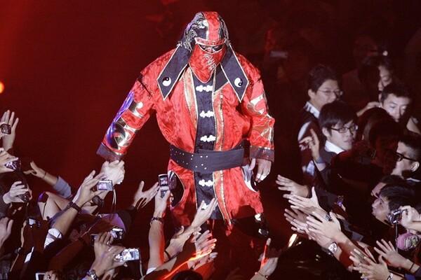 武藤敬司の面影を消すために、流血戦もいとわない圧倒的なヒールを演じることでブレイクしたグレート・ムタ