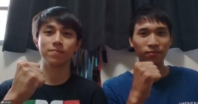 練習に使用した自宅の一室でオンライン取材に応じた鈴木兄弟