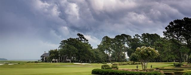 梅雨のゴルフ練習で上達しよう!
