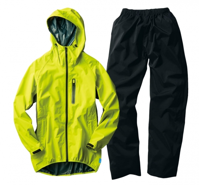 雨の日も快適! 機能性&低価格で選ぶなら、ワークマンFieldCoreのレインスーツがおススメ!