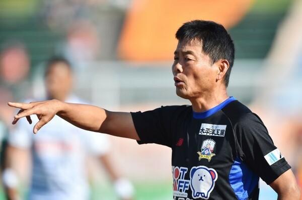 昨季6月に岐阜の監督を解任された大木武監督は今季、熊本の指揮官に就任し、リベンジを誓う(写真は岐阜時代のもの)
