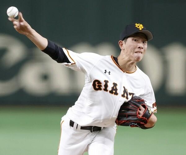 桑田真澄以来となる、33年ぶりの快挙を成し遂げた巨人・戸郷。昨季の鮮烈デビューから迎えた高卒2年目への思いを聞く