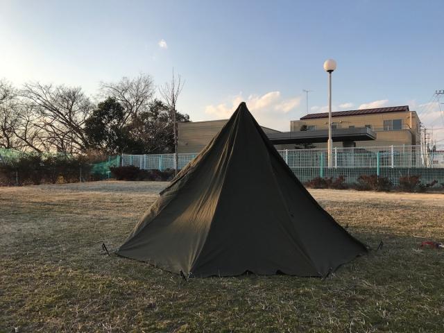 ソロキャンパー必見!軍用テントが熱い