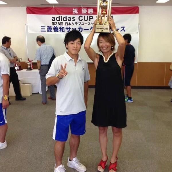三菱養和SCユースに在籍していた高3の時には、Jクラブの育成組織も参加するクラブユース選手権で日本一に輝いた
