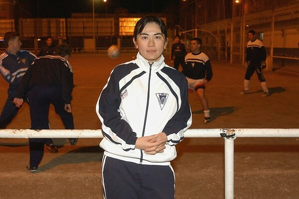 スペインで指導者として活躍する佐伯夕利子さん。現在はビジャレアルの育成スタッフを務める