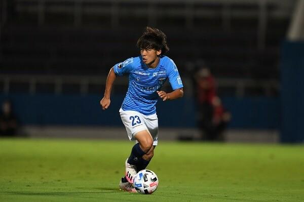 J1が再開した第2節からスタメン出場を続ける斉藤光毅。第3節ではゴールも決め、今季の目標は12点と話している