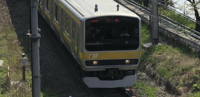 新国立競技場の最寄り駅、千駄ヶ谷に乗り入れるJR総武線