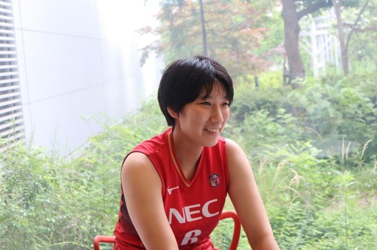 ミドルブロッカーの上野香織選手