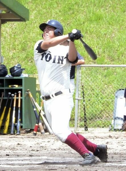 恵まれた体格を誇る西野は、その体躯から放つ強烈な打球が持ち味だ