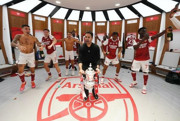 イングランドの国内カップ戦「FAカップ」で、見事王者に輝いたアーセナル