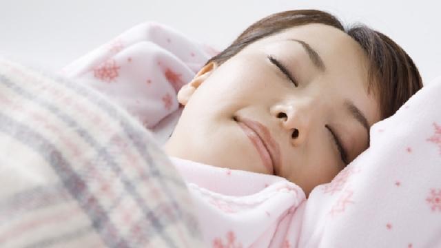 睡眠不足はなぜ太る?最も痩せやすい睡眠時間は●時間?
