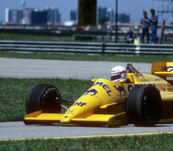 日本人F1ドライバーのパイオニア、中嶋悟。日本人ドライバーの未来を切り拓いた
